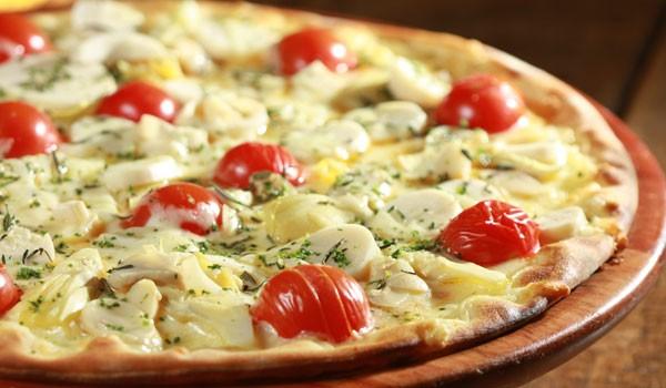 harmonizar-pizza-de-palmito-com-vinho